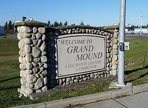 Grand Mound, Washington - Town sign for Grand Mound, located at main intersection