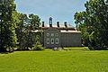 Griebenow, Schloss, im Park 7 (2011-06-11) by Klugschnacker in Wikipedia.jpg