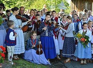 "Gorals - Young Gorals of Beskids Mountains (Żywiec area) - ""Grojcowianie"" folk band"