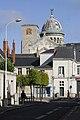 Groupe Basilique St Martin6 dôme et Tour Charlemagne vus de la rue de la Grandière.jpg