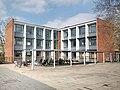 Gymnasium Corveystraße – Kreuzbau.jpg