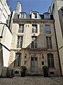 Hôtel Lepas-Dubuisson petit hôtel en fond de cour.jpg