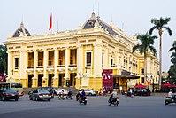 Hanoi opera house. Made as a copy of the Opera Garnier in Paris (22334215449).jpg