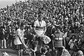 Heren profs wereldkampioen Jan Raas tijdens de huldiging, links Dietrich Thurau, Bestanddeelnr 930-4114.jpg