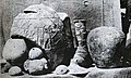 Hierakonpolis objects at time of discovery.jpg