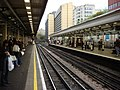 High Street Kensington tube station, platform 1 - geograph.org.uk - 809853.jpg