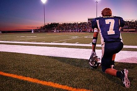 High school football wikiwand a high school football game in texas fandeluxe Gallery