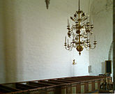 Fil:Hoersne-kyrka-Gotland-interioer1.jpg