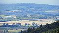 Hofheim i UFr - Schwedenschanze Aussichtsturm - Schloss Craheim v SO.JPG