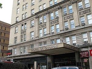 Hotel St. George - Henry Street entrance