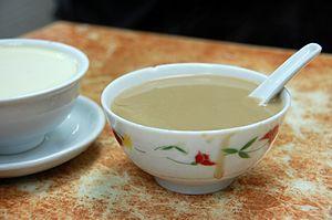 Walnut soup - Image: Hup Tul Woo walnut dessert soup