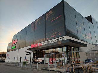 ICA Gruppen - Ica MAXI Hypermarket in Flemingsberg, Stockholm