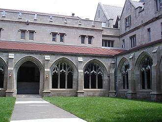 Ida Noyes Hall - Image: Ida Noyes Hall Courtyard