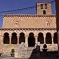 Iglesia de San Miguel (San Esteban de Gormaz). Fachada meridional.jpg