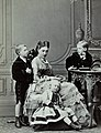 Infanta Antónia with her children.jpg