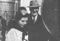Isabel y Perón en Madrid.png