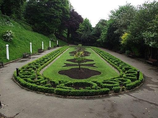 Italian Gardens - geograph.org.uk - 1910120