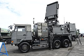 JASDF Type 11 SAM(fire control system, 46-8488) left front view at Hamamatsu Air Base October 20, 2019 01.jpg
