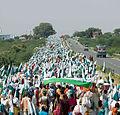Janadesh 2007, walking to Delhi.jpg