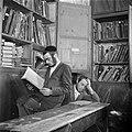 Jeruzalem Studerende leerlingen van een Jeshiwa (een Talmoed hogeschool) in de , Bestanddeelnr 255-0395.jpg