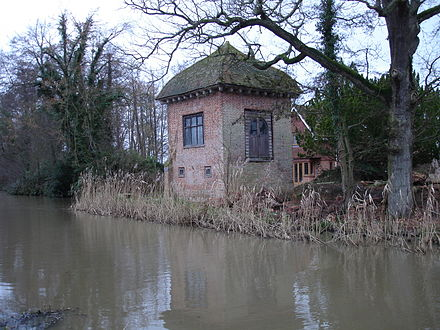 Part of the house where Donne lived in Pyrford John Donne house Pyrford.jpg