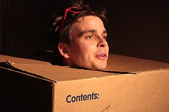 Free Fringe - Joz Norris at the start of a comedy show in the Edinburgh Free Fringe
