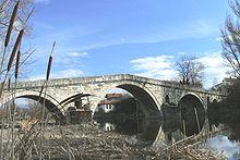 220px-Kadin-bridge-Nevestino-Bulgaria.JPG