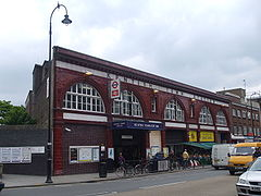 Kentish Town stn building.JPG