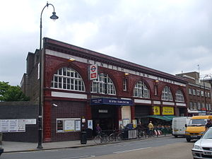 Kentish Town station - Image: Kentish Town stn building