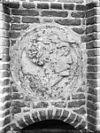 kerktoren, medaillons, boogsteentjes, enz. - woudrichem - 20217865 - rce