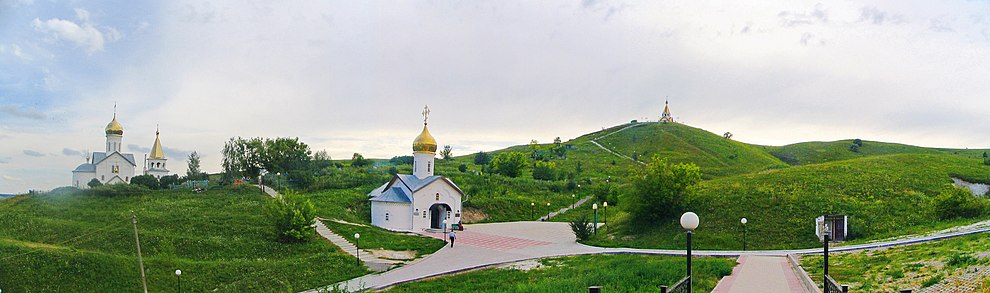 Панорама строений монастыря.