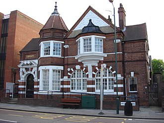 Kilburn, London - Image: Kilburn Library geograph.org.uk 456226
