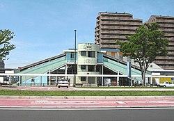Kimitsu-station-southexit-stationhouse.jpg