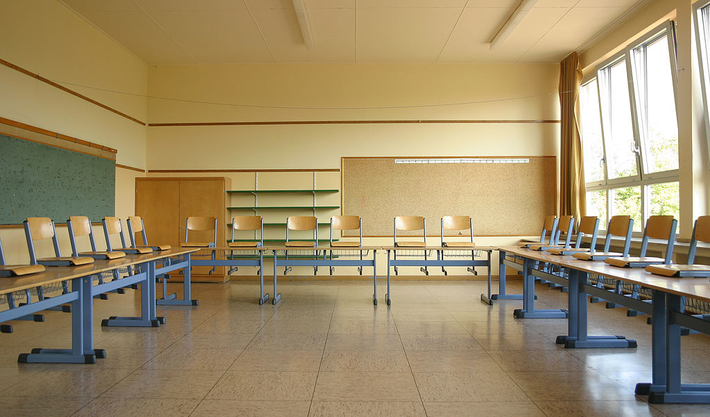 Companies Who Design Furniture For Elementary School Classrooms
