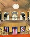 Kopie vonKomische Oper Berlin interior Oct 2007 Treppe.jpg