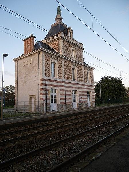 L'ancienne gare de ste anne d'auray a pluneret