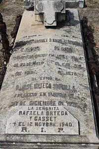 Lápida de Eduardo Gasset.JPG