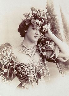 La Belle Otero by Reutlinger.jpg