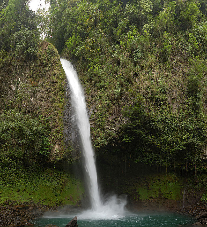 La Fortuna Waterfall Pool.jpg
