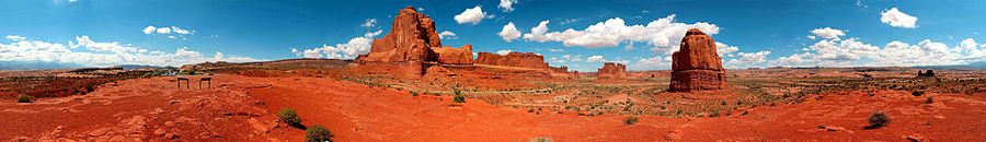 La Sal Mountains Viepoint panoramic view.jpg