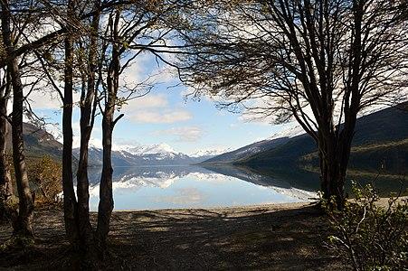 Lago Roca - panoramio.jpg