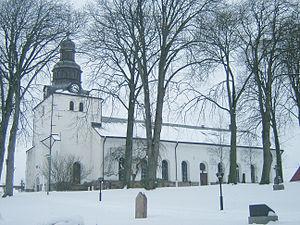 Laholm - Image: Laholms kyrka med snö