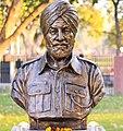 Lance Naik Karam Singh statue at Param Yodha Sthal Delhi.jpg