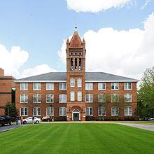 Lander College Old Main Building.jpg