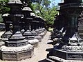 Lanterns in Toshogu Shrine - panoramio.jpg