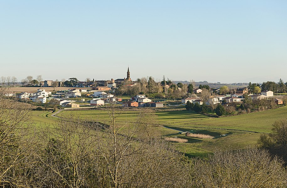 English:  Lavalette, Haute-Garonne. Panorama.