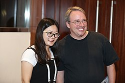 Torvalds (r) in Beijing, 2018 (Image: LF Asia)