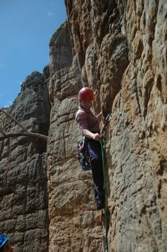 Free climbing - Image: Leading