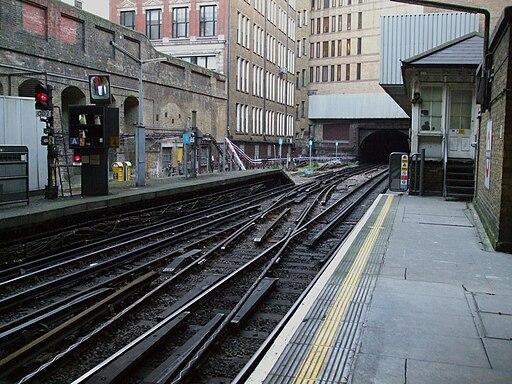Liverpool Street tube stn Circle line look anticlockwise2