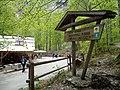 Logarska dolina - putokaz za slap Rinku.jpg
